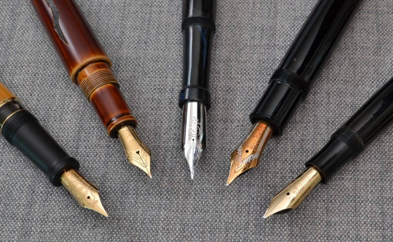 Left to right: Aurora Afrika, Nakaya Naka-ai Negoro Shiro-tamenuri, Romillo Essential No. 9, Montblanc 149 (early 70s), Soennecken 1 Extra